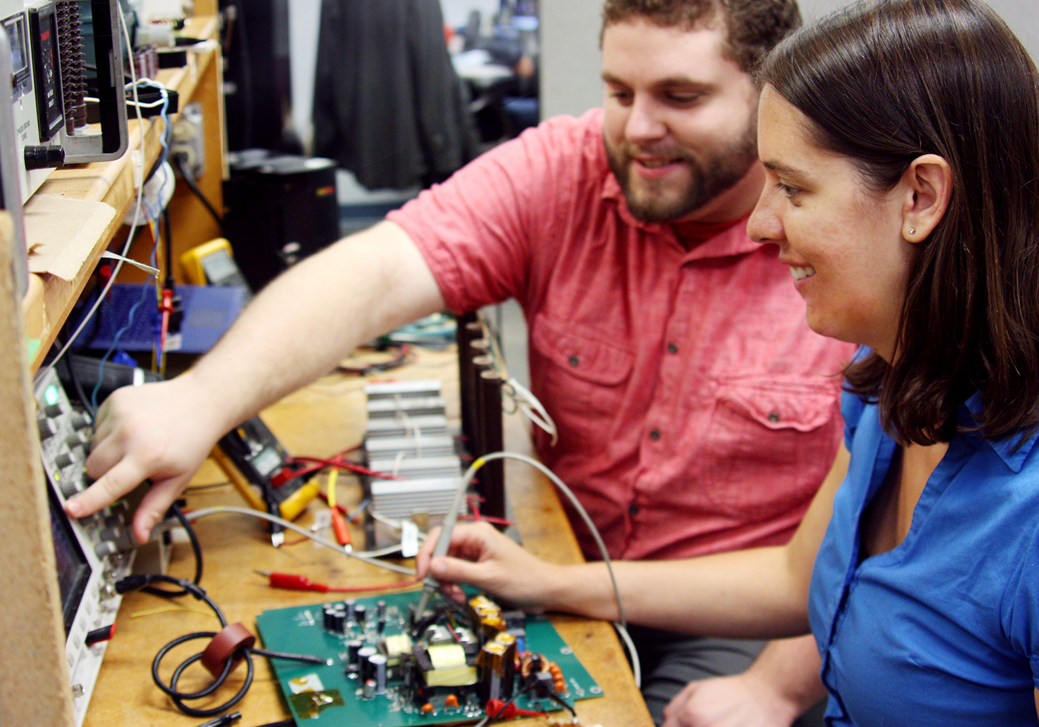 photo - manufacturing power supplies in the USA